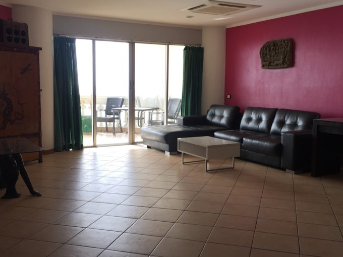 2 bedroom sky beach wongamat pattaya - L shape sofa