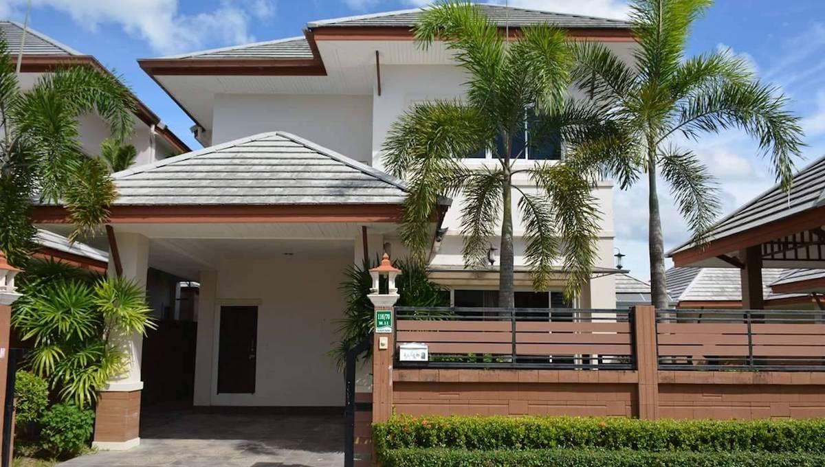 BAAN DUSIT PATTAYA PARK POOL VILLA   HOUSES FOR SALE