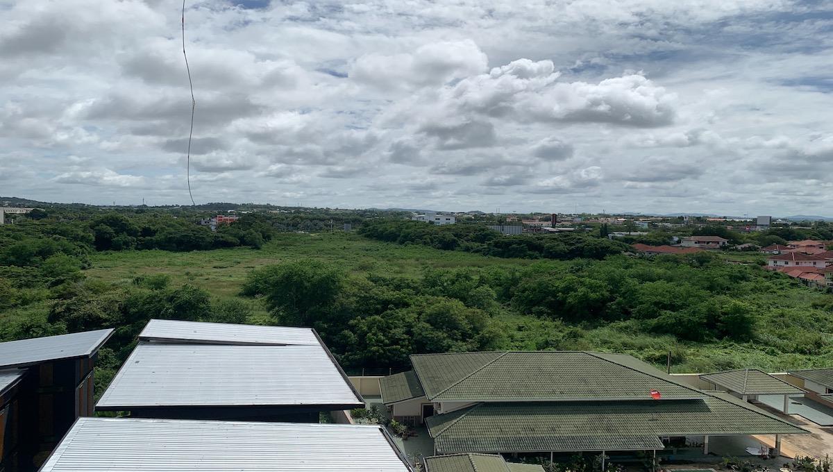 bm2-802-east view